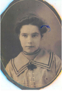 . Louise Walter Anderson, first wife of Absalom (V) Anderson, and who died on 25 January 1920, of Moose Jaw, Saskatchewan, Canada. Mother of Leonard John, Albert George, and Joan Isabelle Anderson (the three oldest children of their father). Their mother died at the Mayo Clinic.