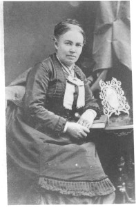 Hannah Moler Anderson (Mrs. William Thomas Anderson, Sr.), one of Mrs. DuLaney's maternal grandmothers, at Woodwardville. DE: 15, 27, 28, 29, 33, 35, 36, 40, 42, 45, 46, 47, 48,53,72,74,80,89,108,109,110,112,113.