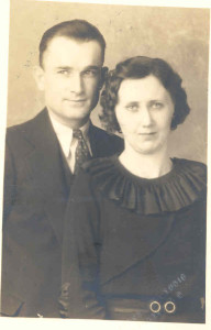 James Walter Anderson (son of James Williams Anderson) with his first wife, Angie Josephine Lien (who died), Yankton, South Dakota. See page 144 of Mrs. DuLaney's (1948) Anderson genealogy.